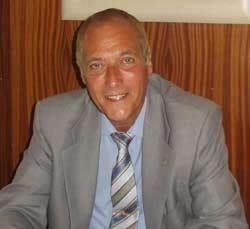Club de padel i tenis Hispano Frances. Sr. Josep Mª. Garcia i Maranges