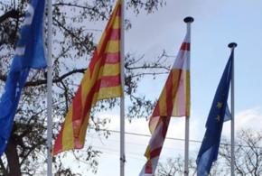 Nous màstils i banderes